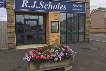 R J Scholes Funeral Service, Deeping St James