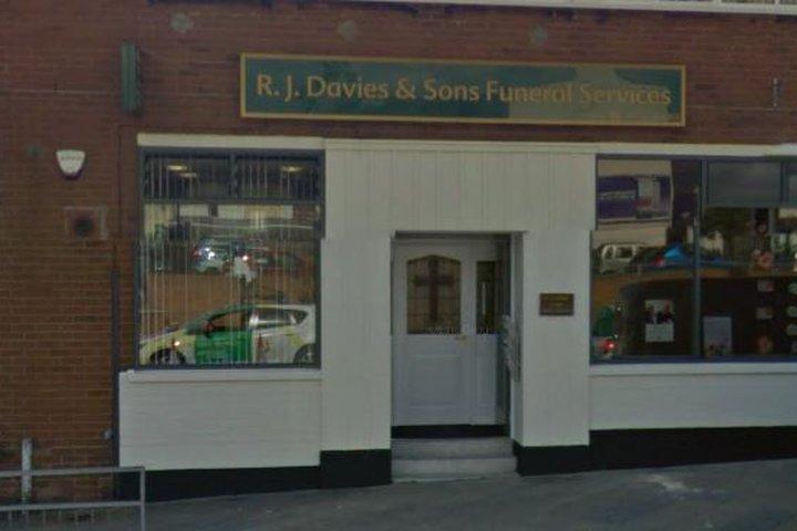 Swansea Funeralcare (inc. R J Davies & Sons)