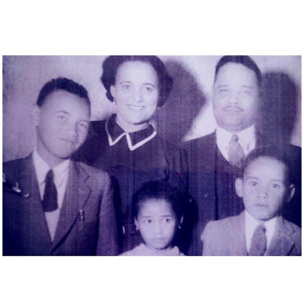 Lizette+William Johannes with their Children Reginald, Margaret & William