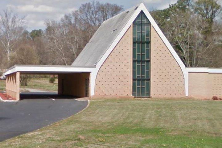Dickson & Son Funeral Home Morrow Chapel