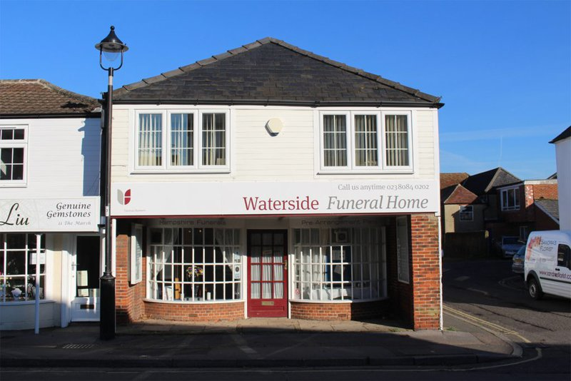 Waterside Funeral Home, Hythe, Hampshire, funeral director in Hampshire