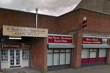 R Banks & Son (Funerals) Ltd, Leigh