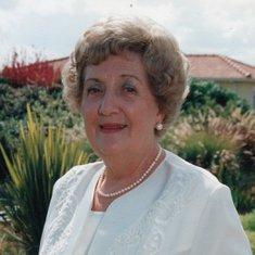 Anne Mackinnon