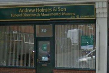 Andrew Holmes & Son, Twickenham