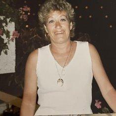 Maureen Ellen Byart