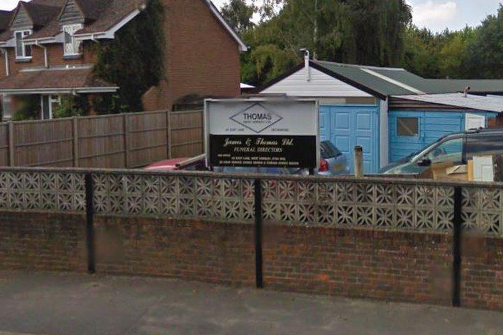 James & Thomas Funeral Directors, Leatherhead East Lane