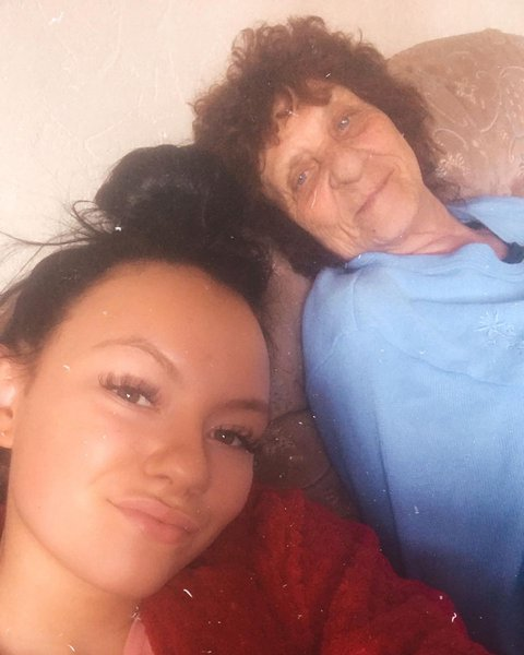 I love & miss you dearly from the bottom of my heart❤️ I hope your proud of me nan xx