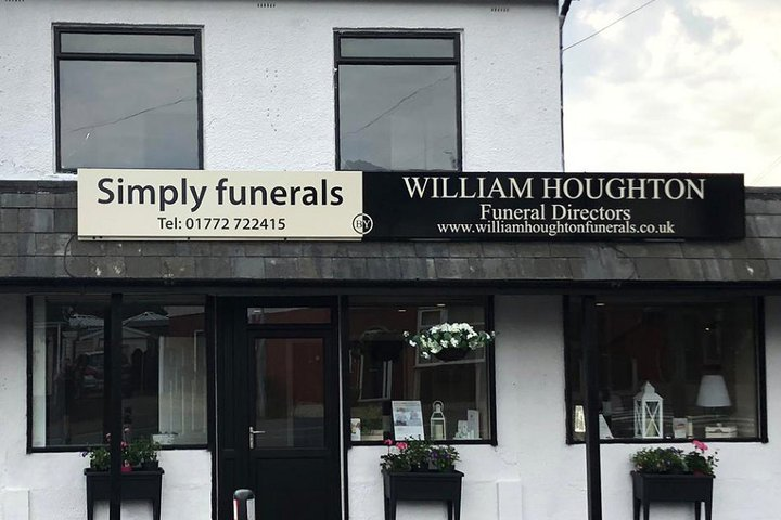 William Houghton Funeral Director Ingol