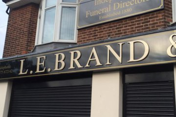 L.E Brand & Sons Ltd, High St