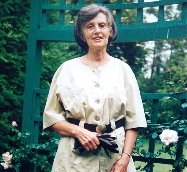 Meg Nixon