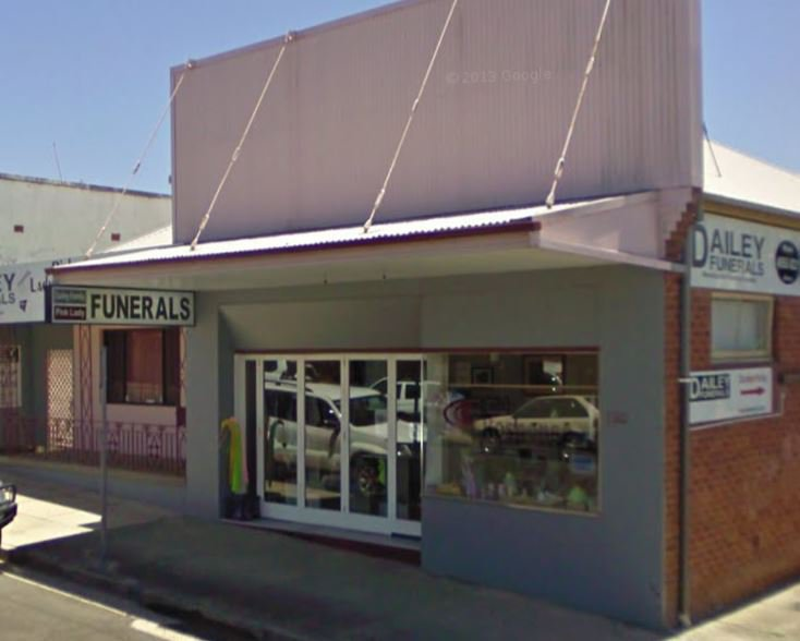 Pink Lady Funeral Services, Lambton