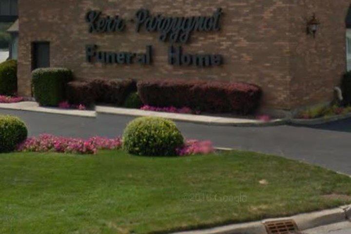 Kerr-Parzygnot Funeral Home