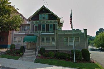 Beecher and Bennett Flatow Funeral Home