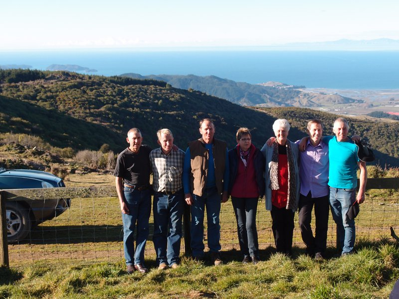 The family at Rays in NZ. Mary in the middle.