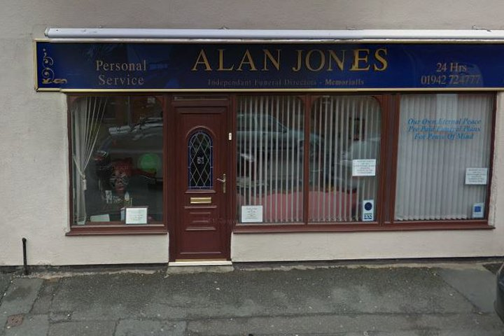 Alan Jones Funeral Directors, Saint Helens