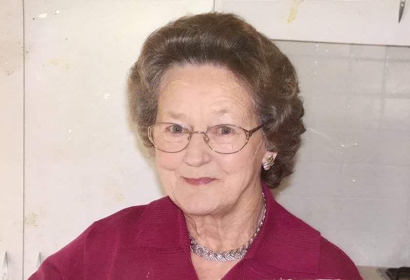 Peggy Hilton