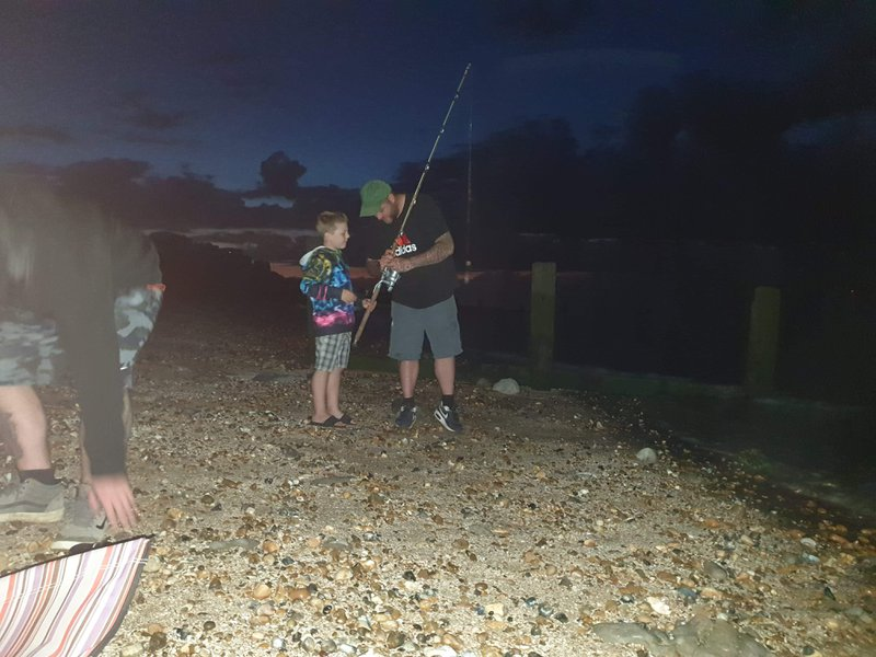 U would b so proud dad, dean has taken your role in teaching tommy how to cast, he using 1 of your  rods 💙think Tommy's gonna  take after u, a keen fisherman 💙