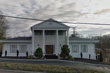 Commerce Hill Radozycki Funeral Home, Main
