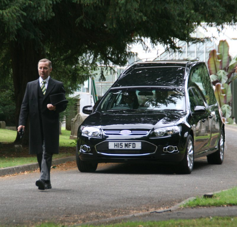Murray's Independent Funeral Directors Findern, Derby, funeral director in Derby