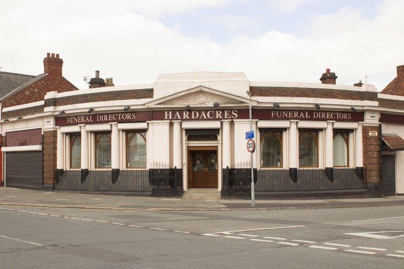 Hardacres Funeral Directors, Lusitania House, Merseyside, funeral director in Merseyside