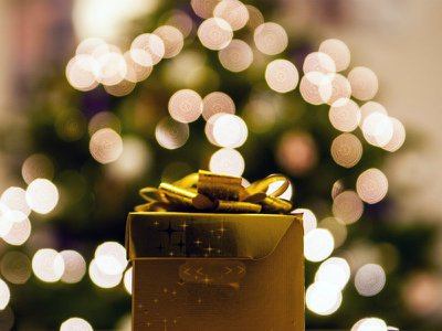 10 beautiful Christmas memorial ornaments and gifts