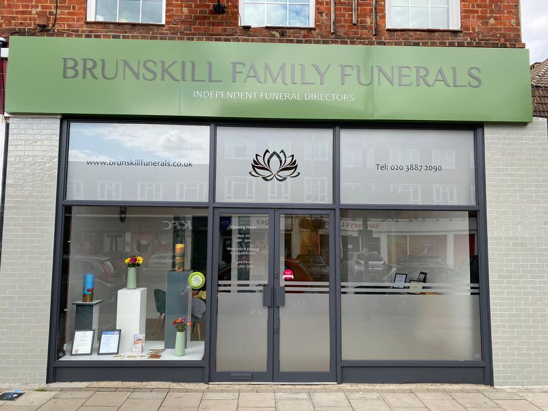 Brunskill Family Funerals, Chessington, Surrey, funeral director in Surrey