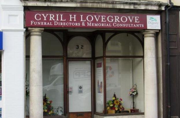 Cyril H Lovegrove Funeral Directors, Woking