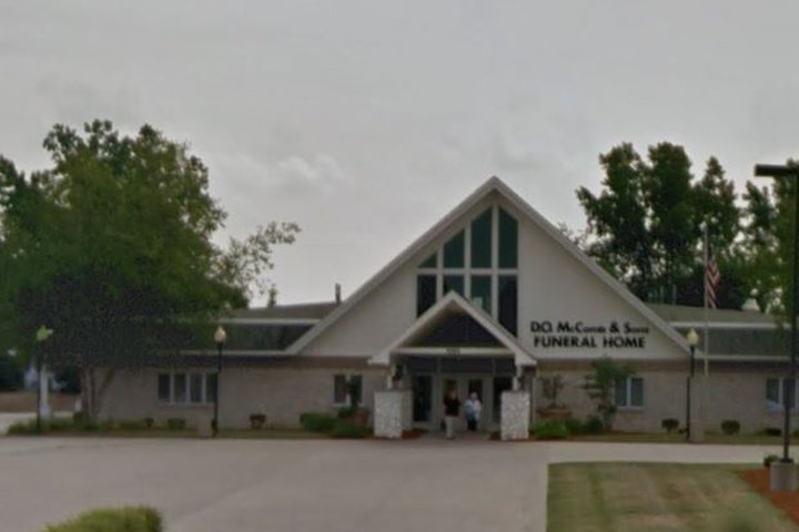 D O McComb & Sons Funeral Home, Covington