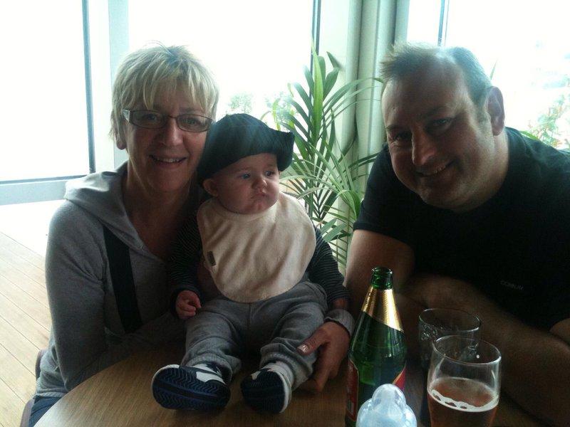 Nanny, Pampy & Ollie at Devon cliffs 2011