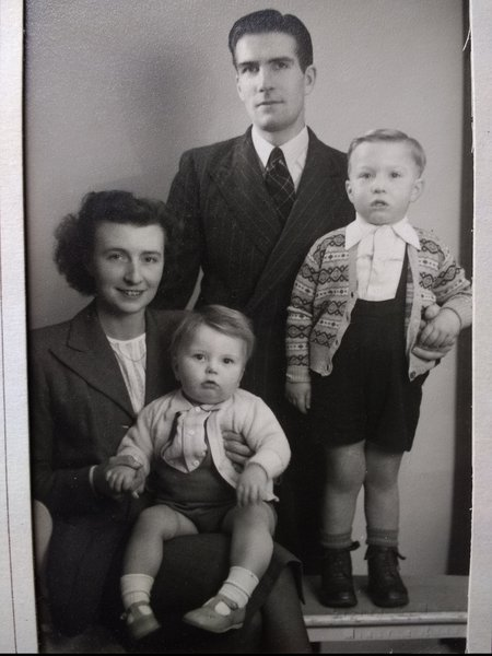 A very young Robert with his Dad Frederick, Mum Janet and brother Stephen.